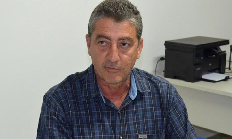 Orlando Pereira afirmou que a gestão municipal não possui nenhum servidor que tenha parentesco com ele ou com o vice-prefeito - Foto: Reprodução l Recôncavo News