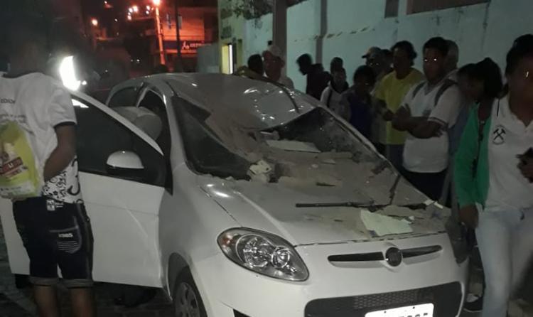 A condutora sofreu ferimentos leves e foi socorrida para o hospital - Foto: Reprodução | Site Augusto Urgente