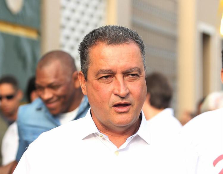 Oposição diz que se Rui Costa estiver abaixo de 50, tem jogo - Foto: Tiago Caldas l Ag. A TARDE l 2.7.2018