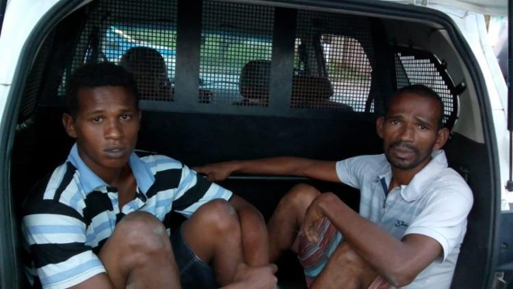 Pai e filho têm passagem pela polícia por roubo - Foto: Divulgação   SSP-BA