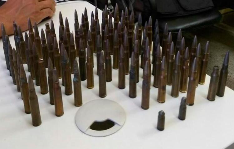 Material apreendido pelo polícia com os suspeitos - Foto: Divulgação l SSP-BA