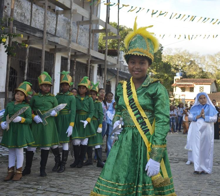 A população reencena o 2 de Julho, dia da Independência do Brasil na Bahia. Foto: Shirley Stolze / Ag. A TARDE