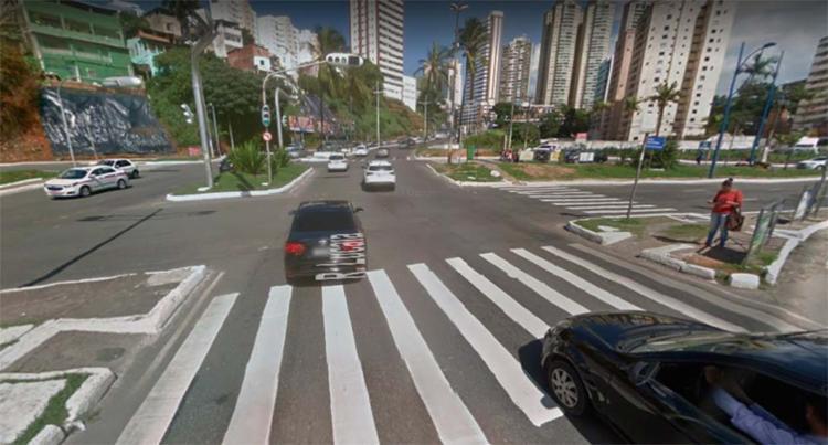 Problema ocorre nos semáforos do cruzamento da Lucaia - Foto: Reprodução | Google Maps