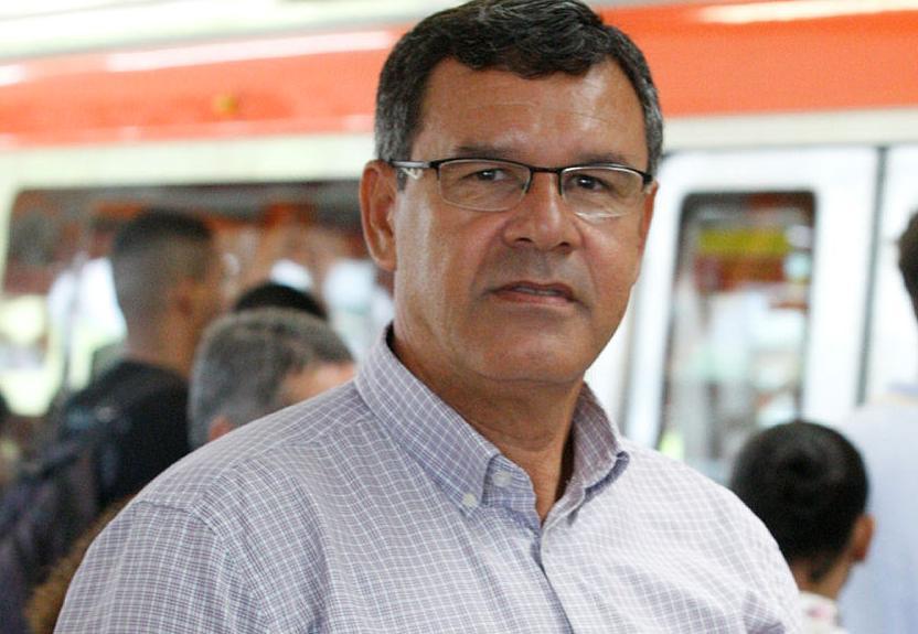 Solon Negrão conta que usa o metrô pelo menos duas vezes por semana