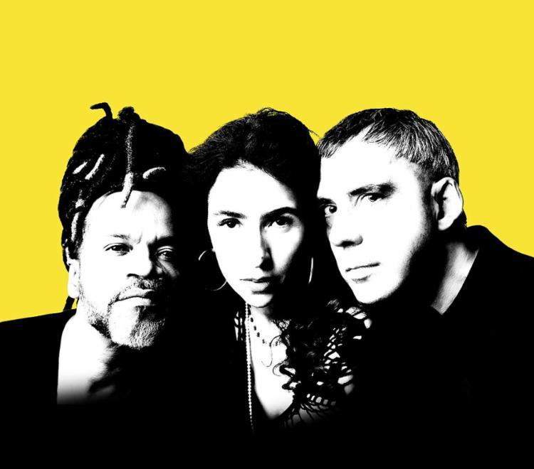 Trio promete um show com antigos e novos sucessos nesta sábado, 28 - Foto: Divulgação
