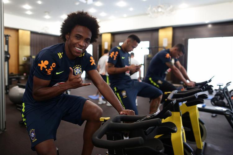 Após último treino em Sochi, meia fez avaliação dos jogos e afirmou que a seleção está num momento de crescimento - Foto: Lucas Figueiredo l CBF