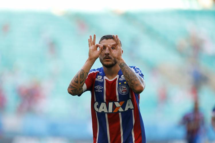 Destaque na partida do domingo, Zé Rafael foi um dos jogadores que falaram após o jogo - Foto: Adilton Venegeroles l EC Bahia