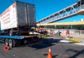 Caminhão se desprende da fiação em Pernambués | Foto: Transalvador