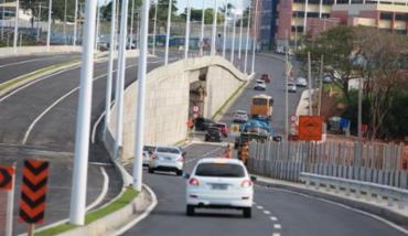 Assalto aconteceu na avenida Orlando Gomes, em Salvador - Foto: Joá Souza | Ag. A TARDE