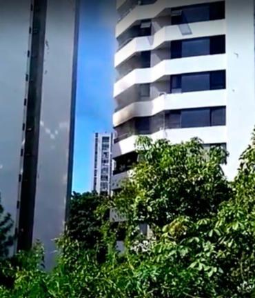 Imóvel fica na rua Oito de Dezembro, na Graça - Foto: Reprodução | YouTube
