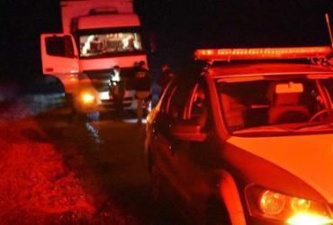 Colisão entre moto e carreta deixa duas pessoas mortas | Reprodução | Blog do Anderson