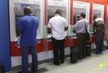 Após paralisação, bancos voltam a funcionar em toda a Bahia   Luciano da Matta   Ag. A TARDE   03.10.2016