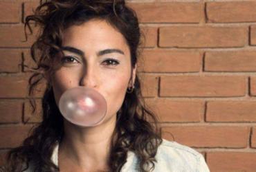 Bruna Caram revive os anos 90 em seu novo show   Reprodução   Facebook