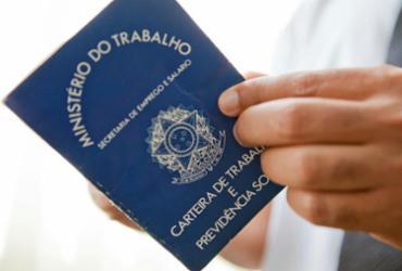 Moradores do Calabar podem tirar carteira de trabalho gratuitamente   Camila Domingues   Palácio Piratini