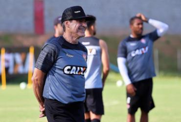 Carpegiani faz mudanças no Vitória para pegar o Palmeiras | Maurícia da Matta | EC Vitória