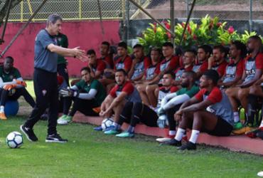 Carpegiani comanda coletivo no Barradão e faz ajustes no Vitória | Maurícia da Matta l EC Vitória