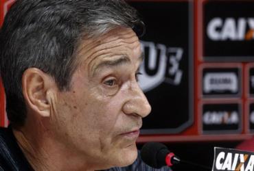 Carpegiani lamenta falta de garra em derrota do Vitória | Maurícia da Matta l EC Vitória