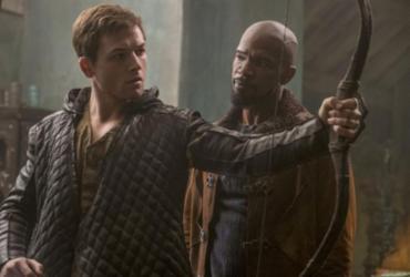 Jamie Foxx e Taron Egerton estão em 'Robin Hood: a Origem' | Divulgação