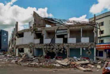 Prefeitura de Itabuna inicia demolição de shopping popular   Reprodução