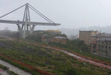 Desabamento de viaduto deixa mortos e feridos na Itália | Paola Pirrera | Facebook | AFP