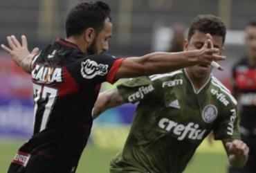 Na volta de Carpegiani, Vitória cai para o Palmeiras e se afunda no Z-4 | Adilton Venegeroles l Ag. A TARDE