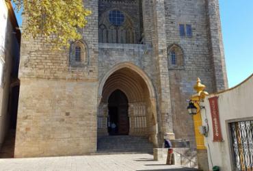 Conheça os principais pontos de Évora, em Portugal  