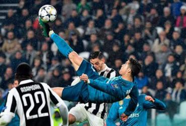 Cristiano Ronaldo marca de bicicleta diante da Juventus na Liga dos Campeões - Alberto Pizzoli | AFP