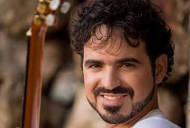 Gabriel Póvoas se apresenta neste domingo no Imbuí | Divulgação