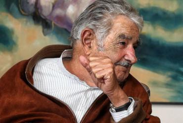 Ex-presidente uruguaio José Mujica renuncia ao Senado |