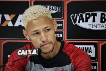 Neilton quer fazer valer a 'lei do ex' diante do Cruzeiro | Maurícia da Matta l EC Vitória