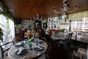 Cozinha autoral e móveis antigos no Caminho das Árvores | Adilton Venegeroles / Ag. A TARDE