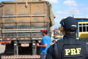 PRF realiza operação para fiscalizar transporte de cargas na Bahia | Divulgação | PRF