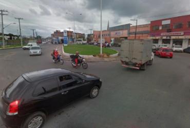 Colisão entre carro e moto deixa uma pessoa ferida no bairro do Uruguai   Reprodução   Google Maps