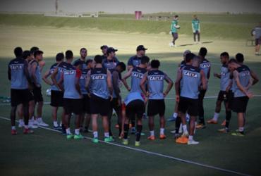 Interino do Vitória trabalha posse de bola e posicionamento da defesa | Maurícia da Matta l EC Vitória