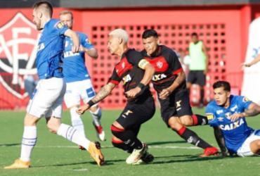 Vitória sai na frente com Neilton, mas cede empate ao Cruzeiro no Barradão | Margarida Neide | Ag. A TARDE