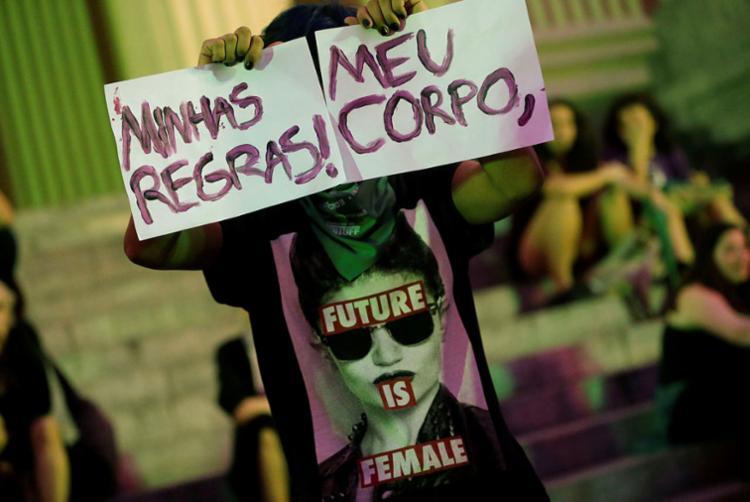Mulheres se manifestam favoráveis à descriminalização do aborto - Foto: Fernando Frazão | Agência Brasil