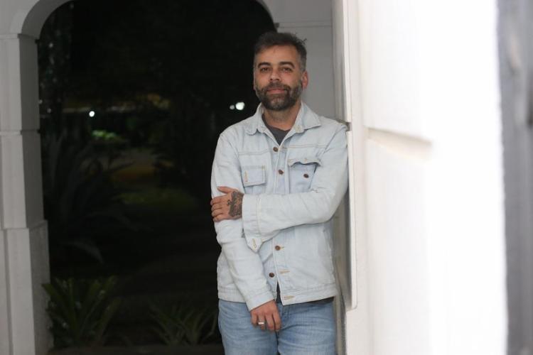 O RP baiano Pedro Tourinho irá lançar um livro sobre construção de imagem na era digital - Foto: Joá Souza / Ag. A TARDE