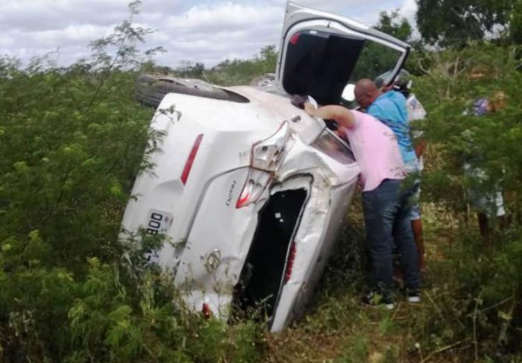 As vítimas foram socorridas e encaminhadas ao hospital sem ferimentos graves - Foto: Reprodução | Site Calila Notícias