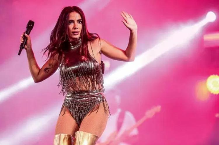 A cantora informou que voltará curada aos palcos em 31 de agosto - Foto: Reprodução | Roberto Filho | Brazil News