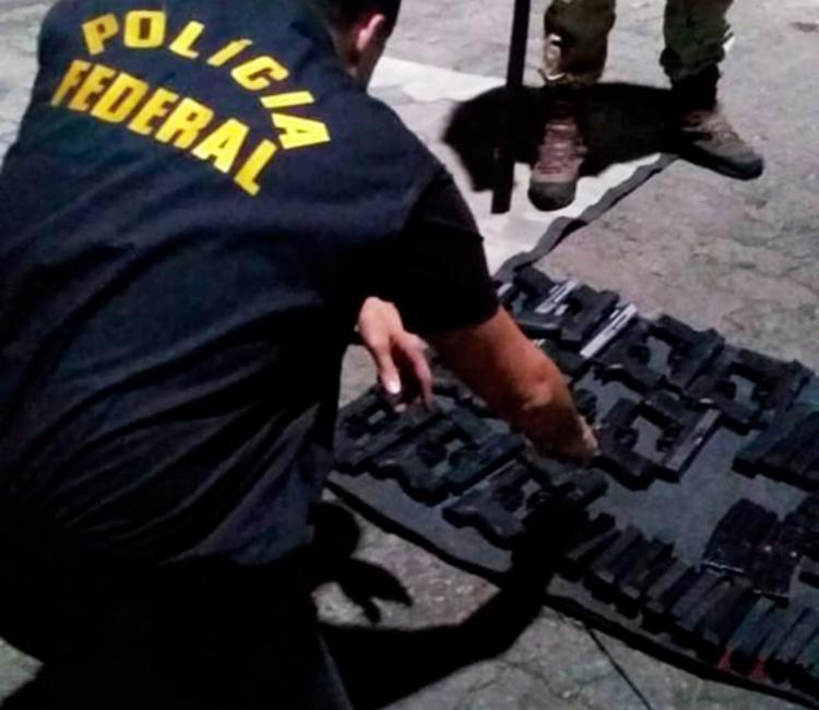Policiais já sabiam que o armamento estava sendo transportado