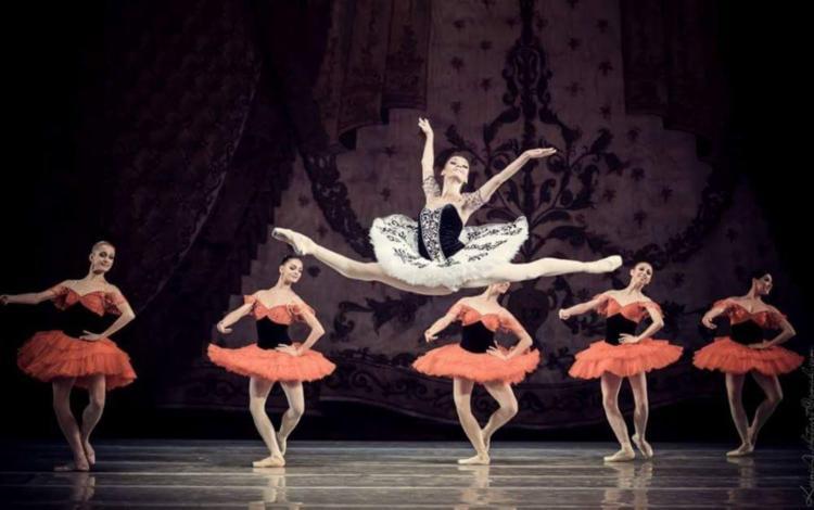 Espetáculo inédito é composto por 38 bailarinos que apresentarão