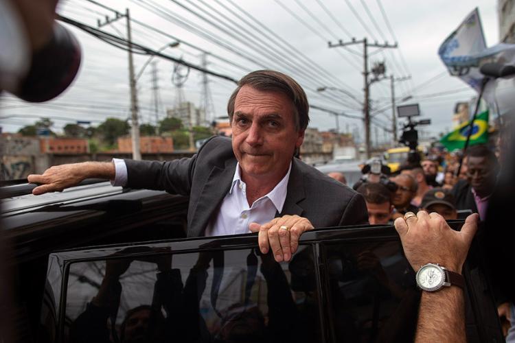 Candidato criticou adversários e se defendeu de comentários negativos sobre entrevista no Jornal Nacional - Foto: Mauro Pimentel l AFP