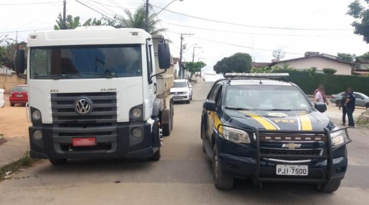 Caminhão possui ocorrência de roubo em abril de 2016, no município de Osasco - Foto: Divulgação | PRF-BA
