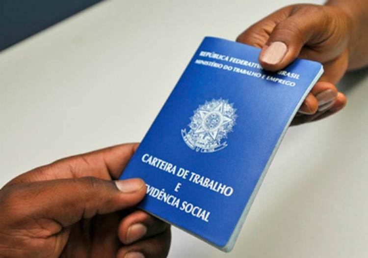 A taxa de desemprego entre negros é de 15,0% e de pardos, 14,4% - Foto: Divulgação