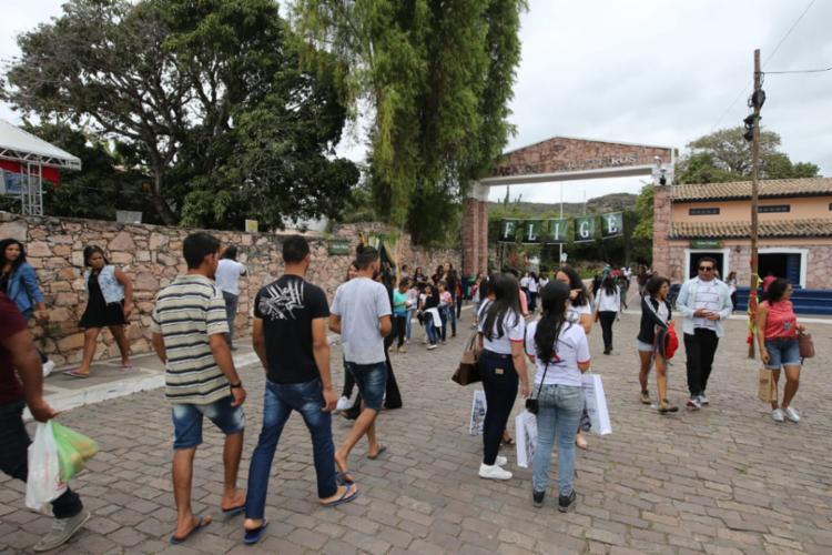 O evento literário prossegue até domingo (19) e garantiu que 100% dos 1.200 leitos da rede hoteleira local fosse ocupada - Foto: Mateus Pereira/GOVBA