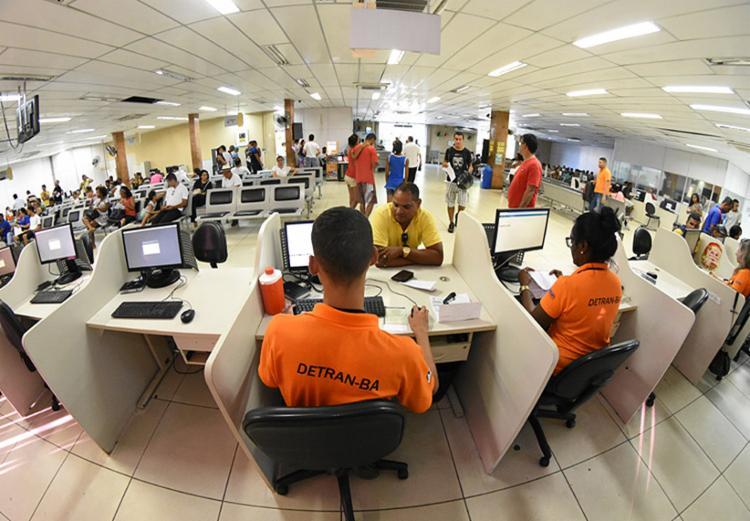 Detran alerta que não envia mensagens aos cidadãos pela internet - Foto: Divulgação