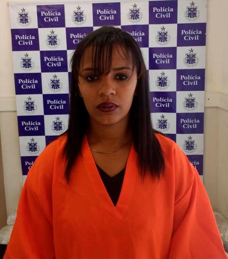Mulher é presa com drogas em Porto Seguro