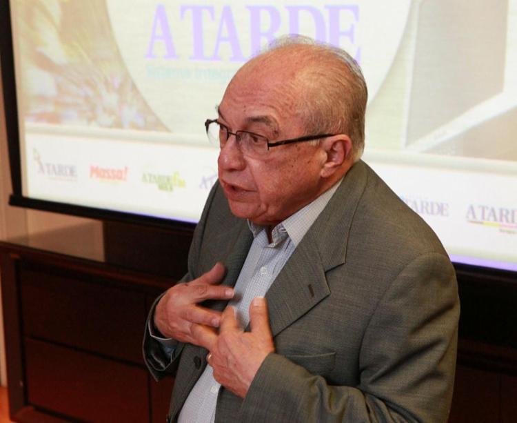 Boaventura foi diretor-geral do Jornal A TARDE e sempre foi um entusiasta da educação - Foto: Marco Aurélio Martins | Ag. A TARDE | 20.04.2012