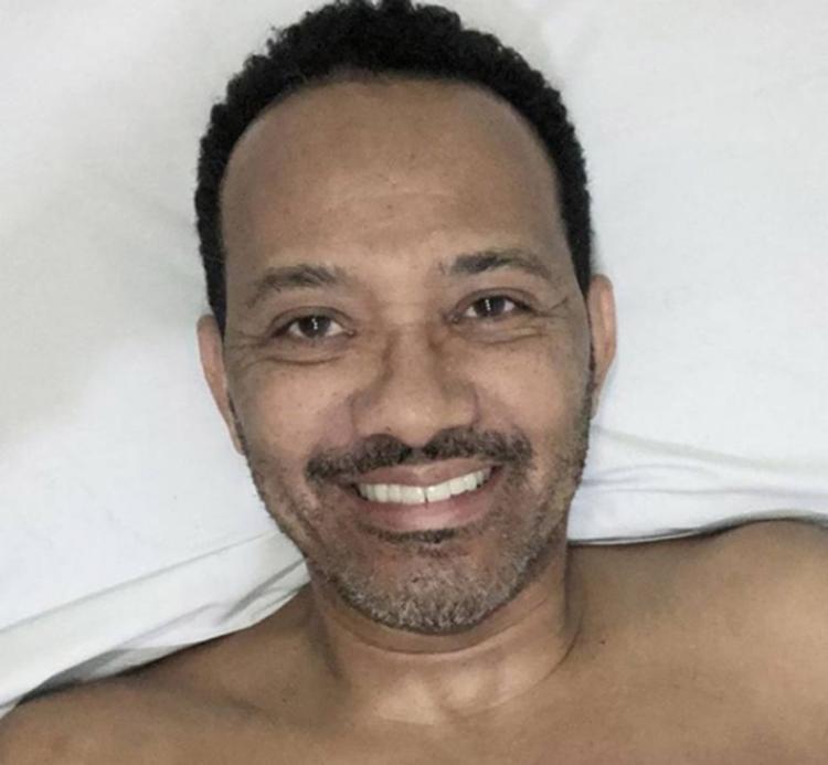 Evandro Soares sofreu o acidente durante a madrugada e passou horas agonizando no chão até ser socorrido - Foto: Reprodução l Instagram l @evandroartoficial
