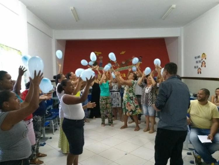 A ideia do encontro foi oferecer às famílias proficiência nas áreas específicas dentro das necessidades de seus filhos - Foto: Divulgação
